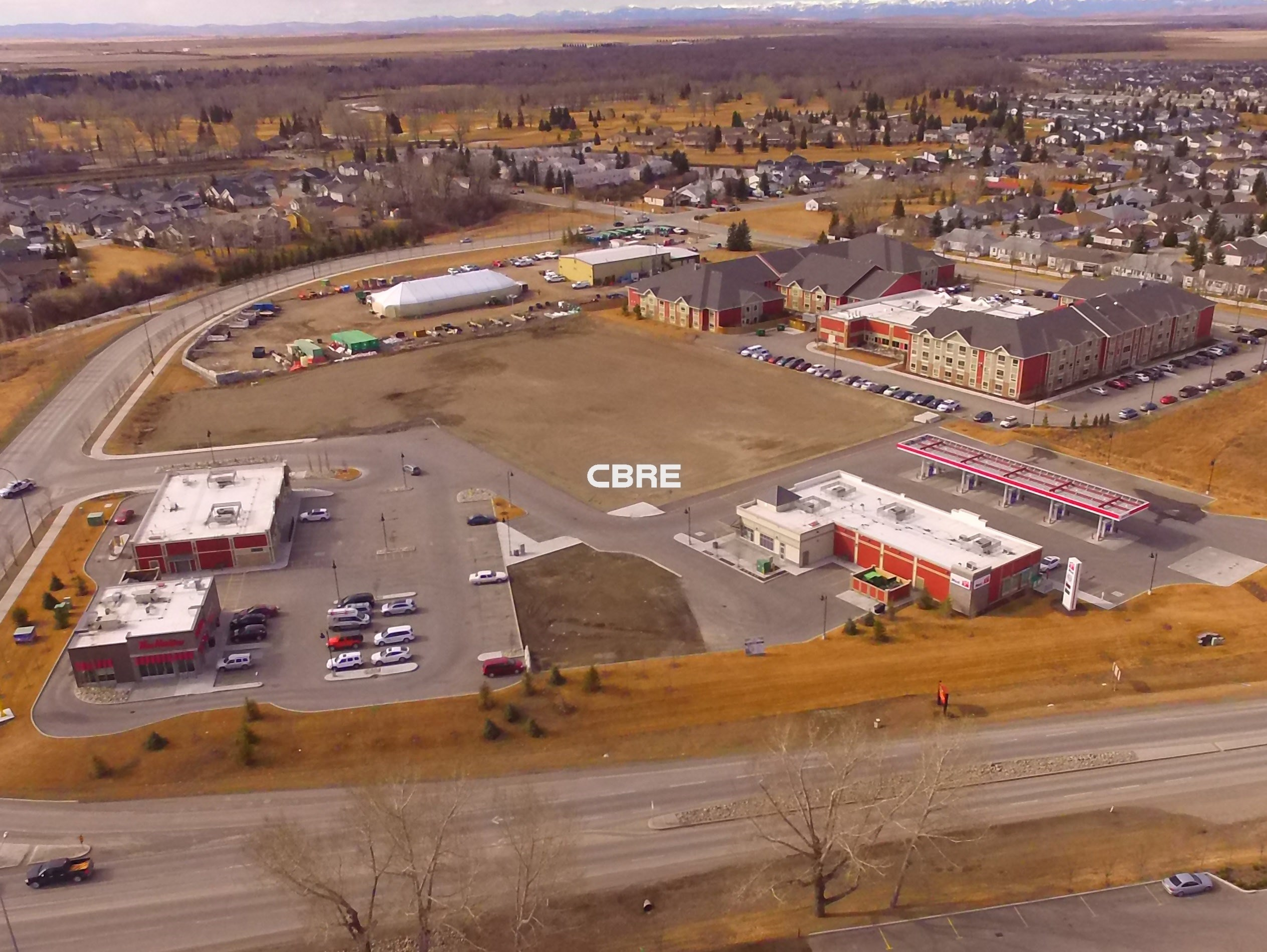 up to 45,000 sq.ft  Highwood Village North High Country Drive & Centre Street North