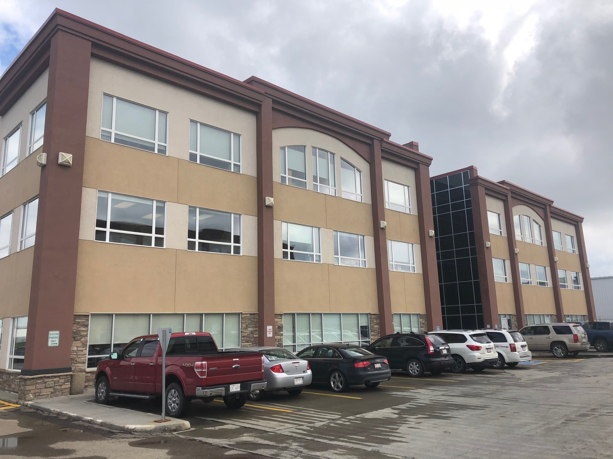 109 Elm Business Park Building 2 9470 51 Avenue NW