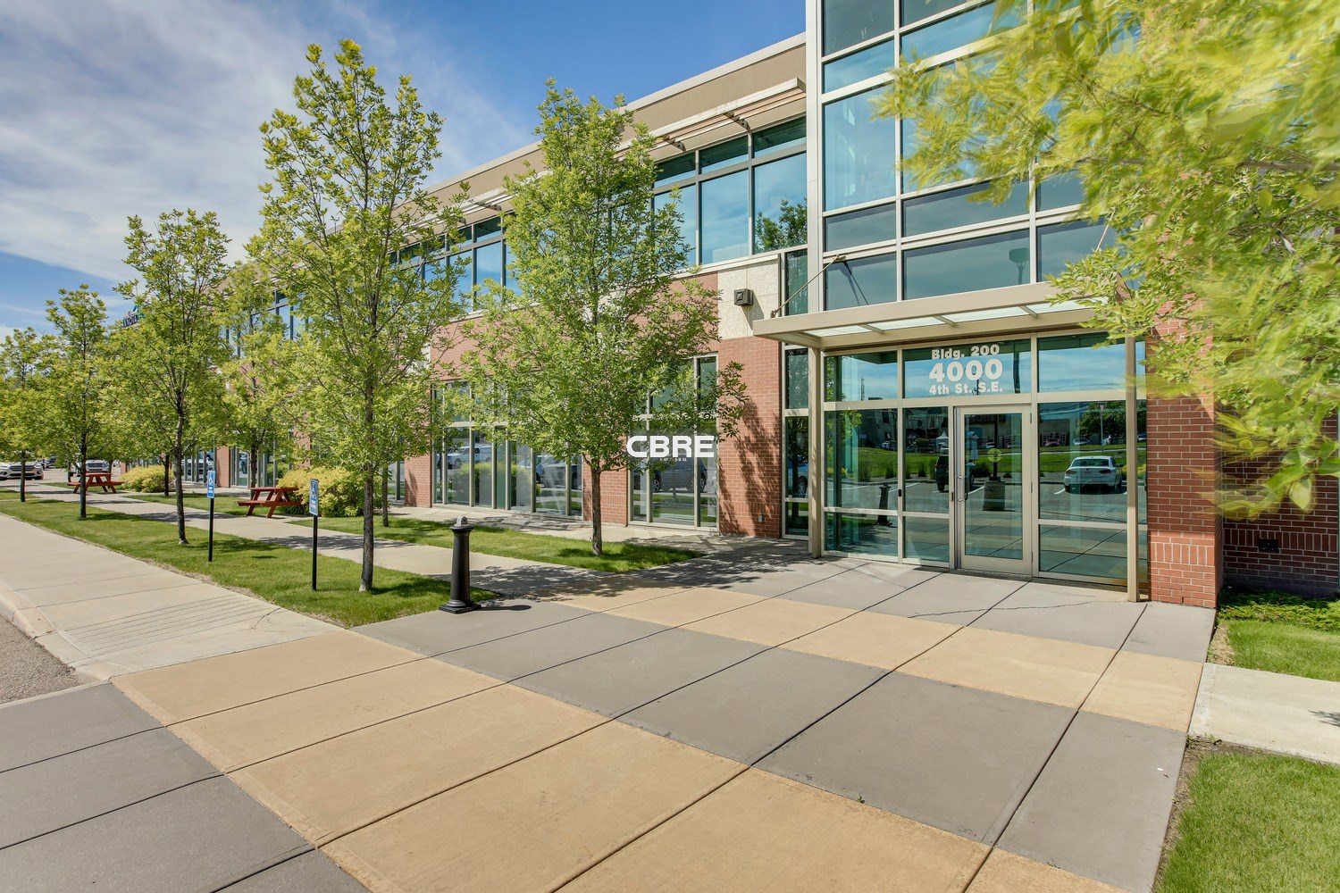 222 Mountainview Business Campus 200 & 300 4000 4 Street SE